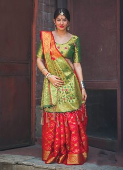 gujarati_style_saree_draping